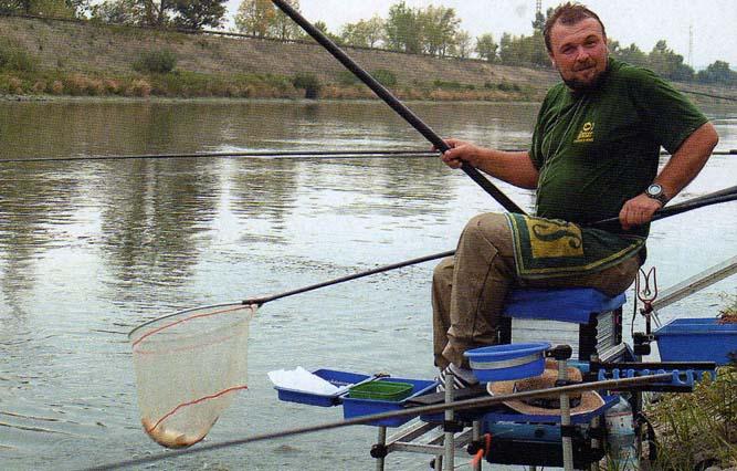 рыбалка в астрахани видео на поплавочную удочку видео